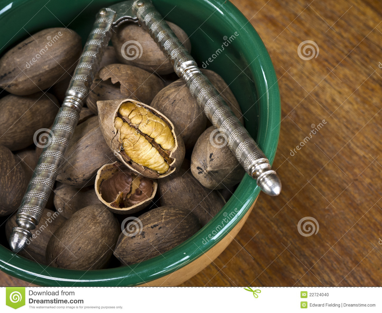 Bowl Of Pecans With Nut Cracker Stock Photo - Image of harvest