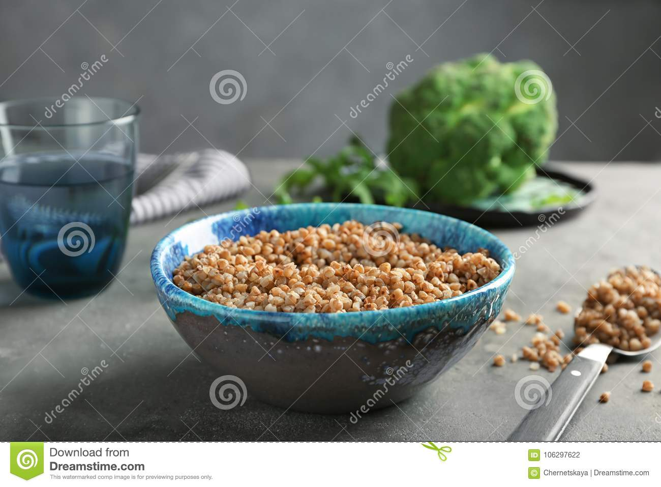 In what proportion to boil buckwheat porridge how much water and how much buckwheat