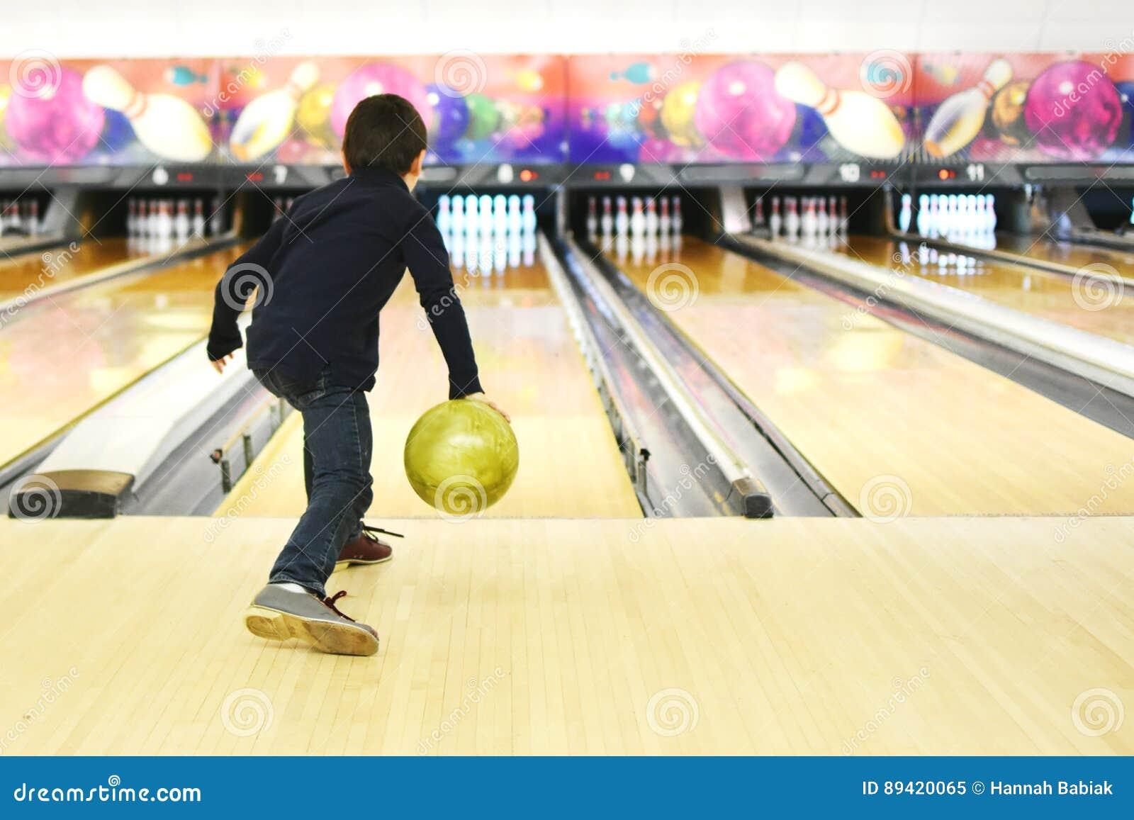 Bowling del ragazzo