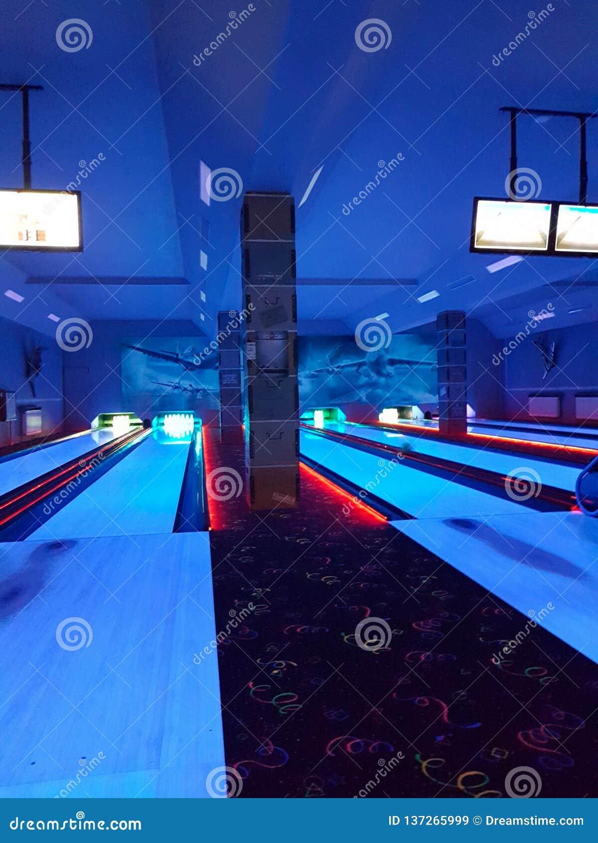 Bowling la nuit