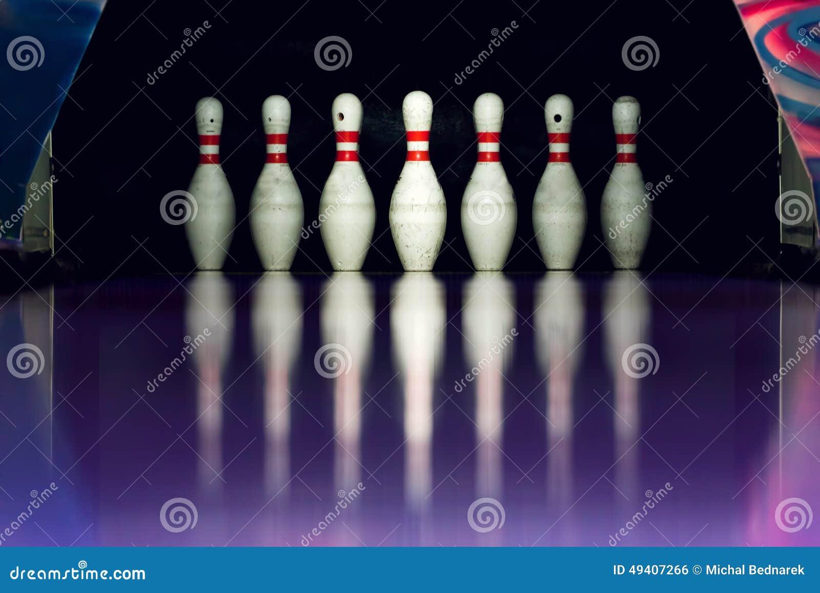 Download Bowlingspiel Kegel In Der Gasse Stockfoto - Bild von fußboden, schüsseln: 49407266