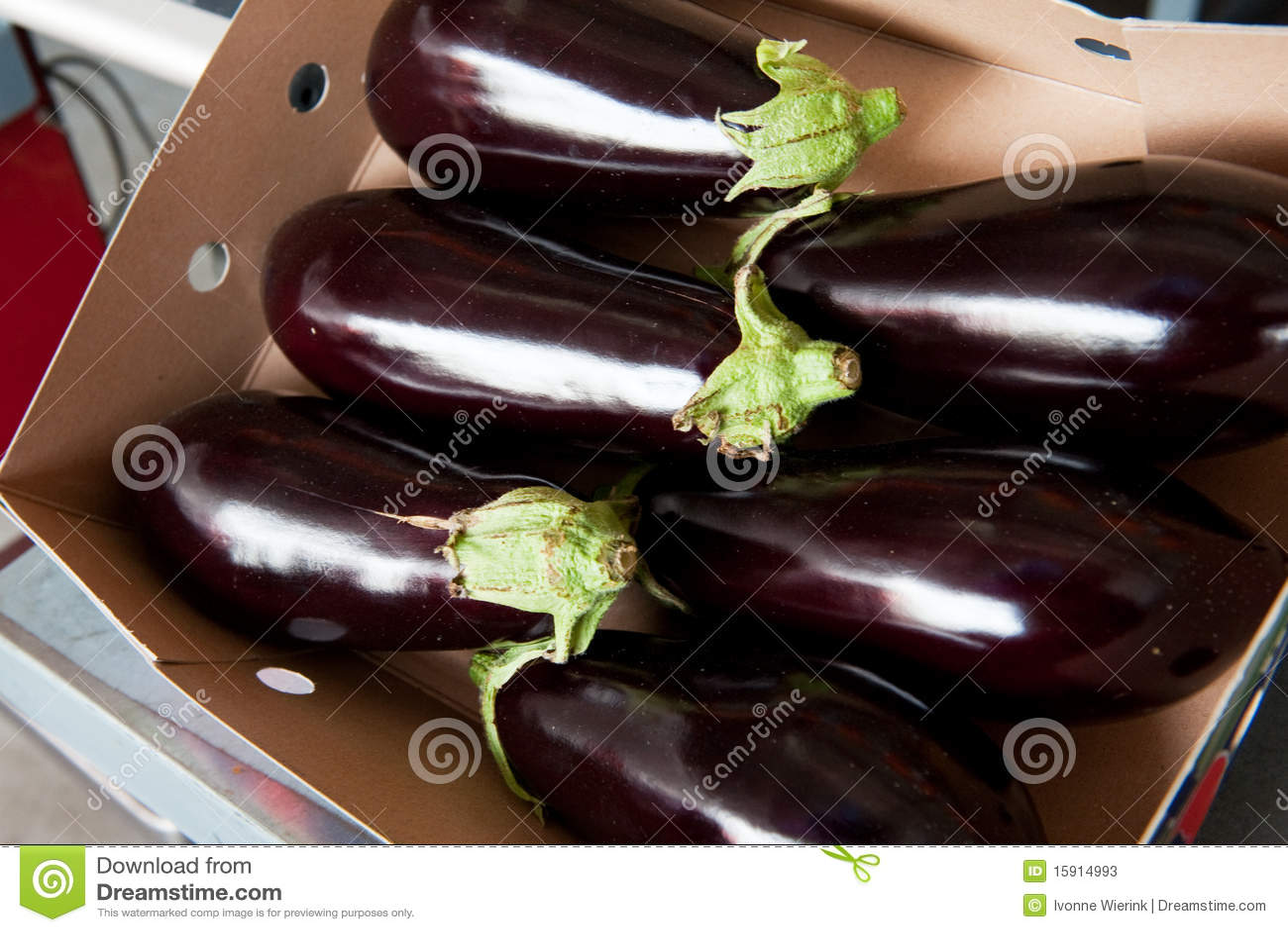 042bb439e9 Box fresh aubergines stock image. Image of whole, retail - 15914993