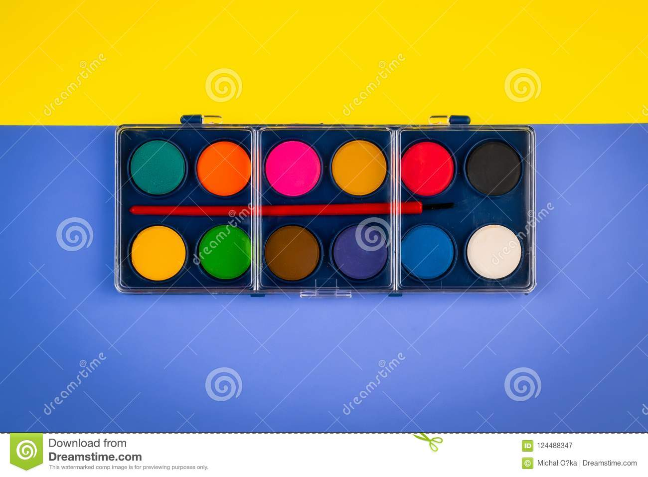 Box With Watercolors On Colored Sheets Of Paper Stock Image - Image ...