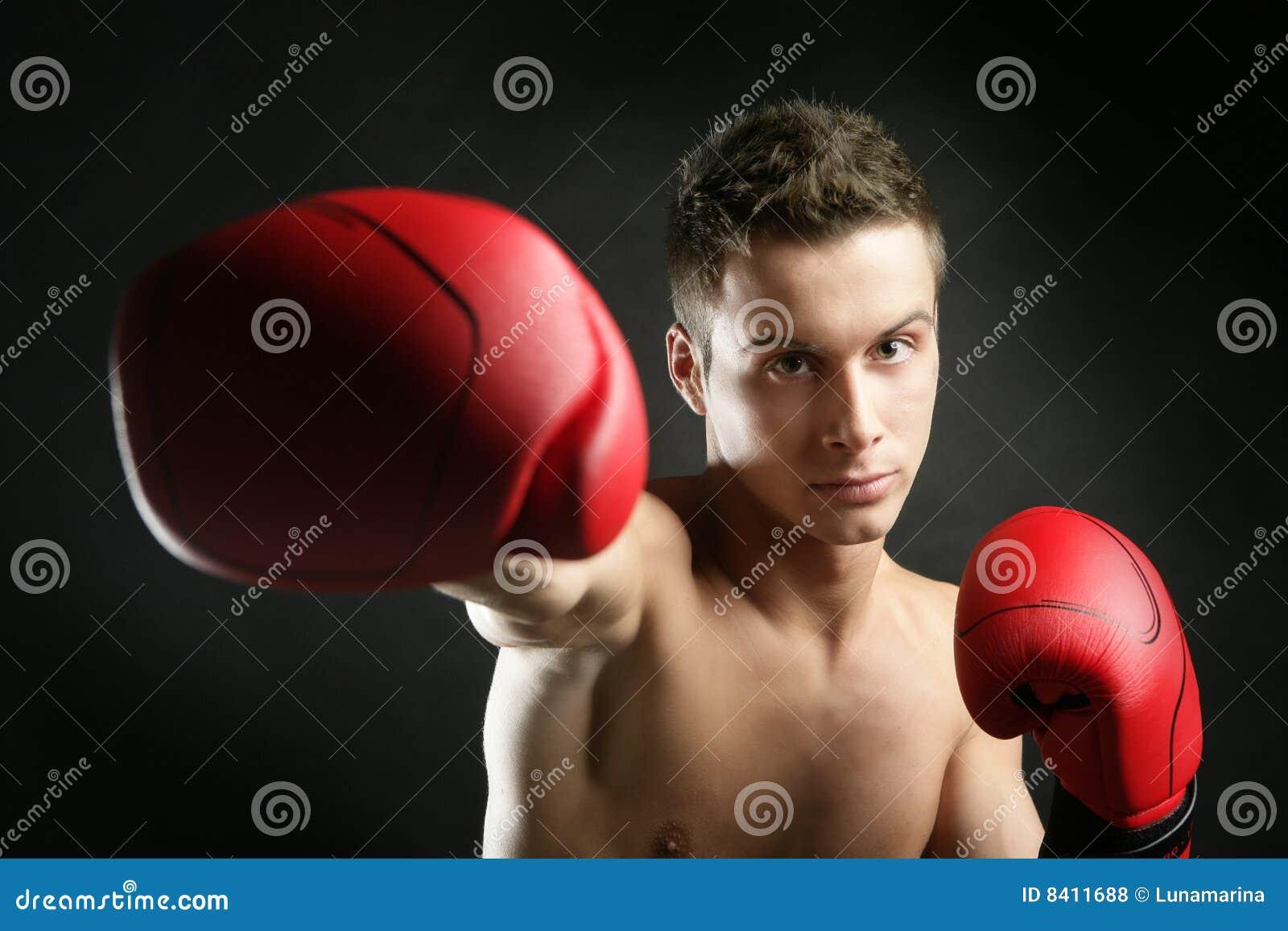 Boxare isolerat manstudiobarn