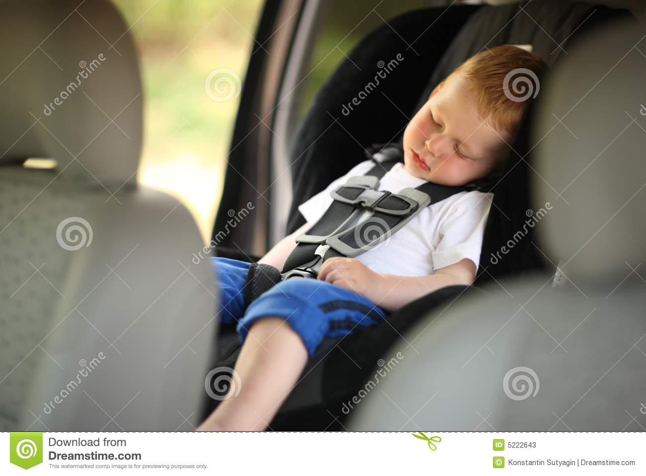 boy in child car seat stock photos image 5222643. Black Bedroom Furniture Sets. Home Design Ideas