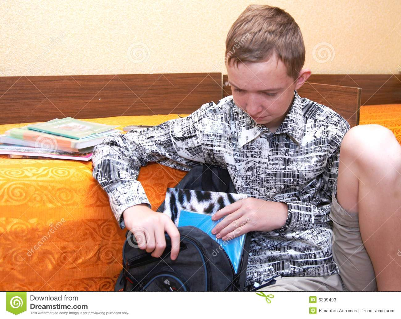 Boy Getting Ready For School Stock Photos