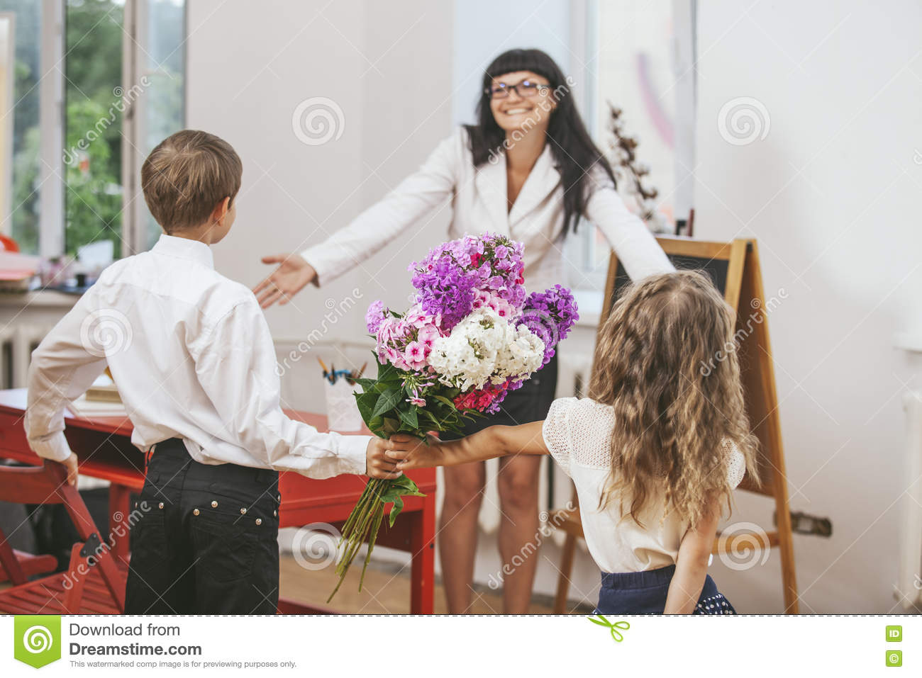 What flowers to give the girl