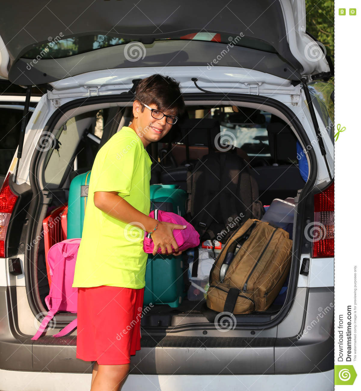family car loaded with luggage on holiday royalty free stock photo 23584683. Black Bedroom Furniture Sets. Home Design Ideas