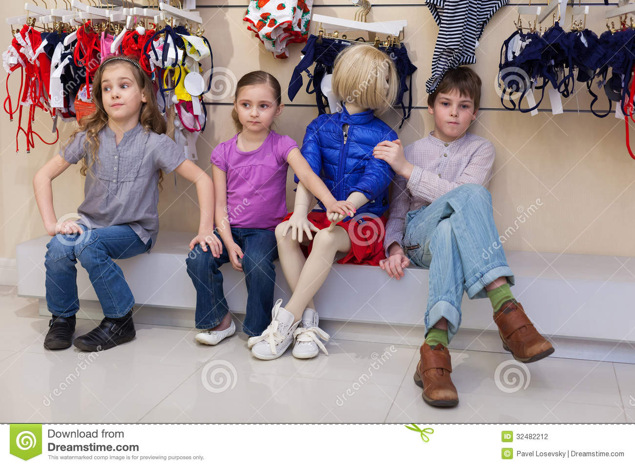 Children clothes stores Girls clothing stores