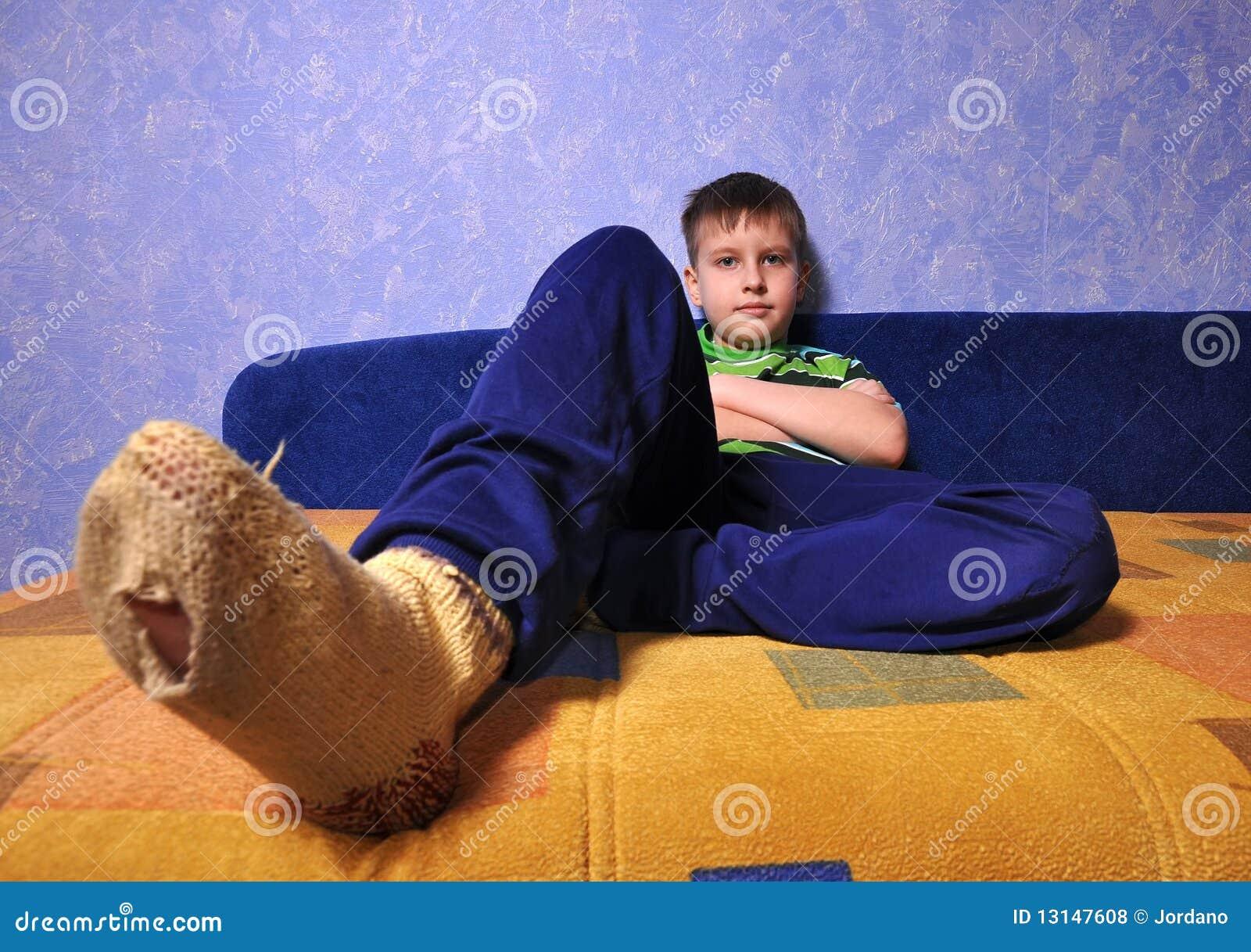 Teen Jungs in Socken