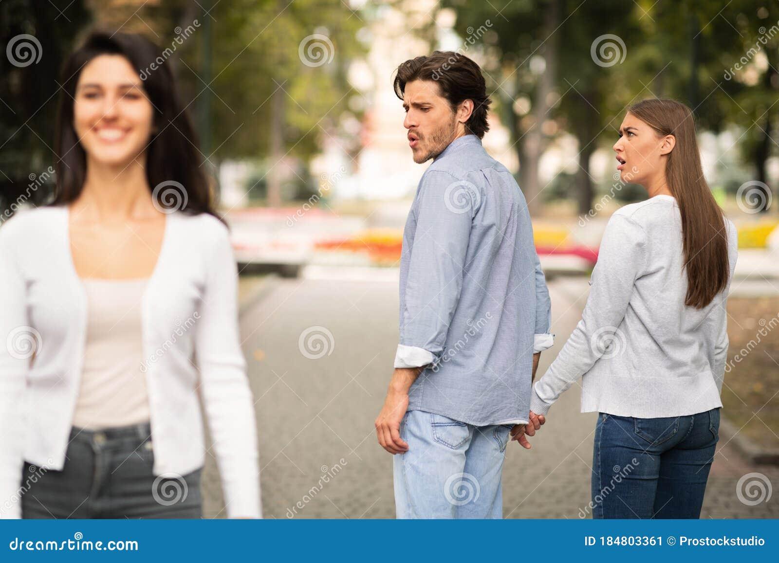 Looking boyfriend girl for Girl Posts