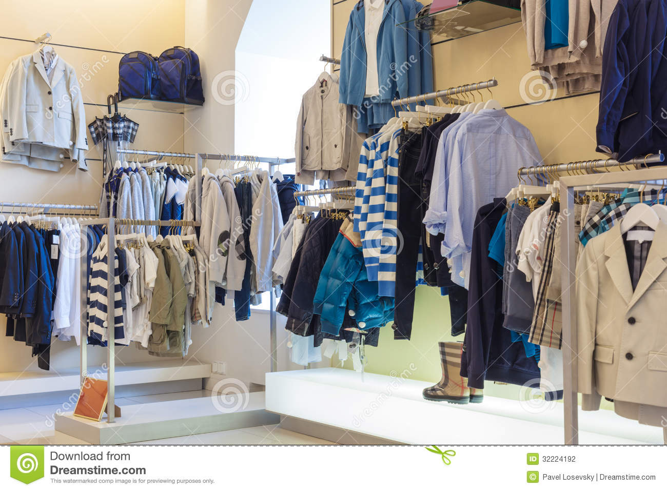 Little boys clothing stores Women clothing stores