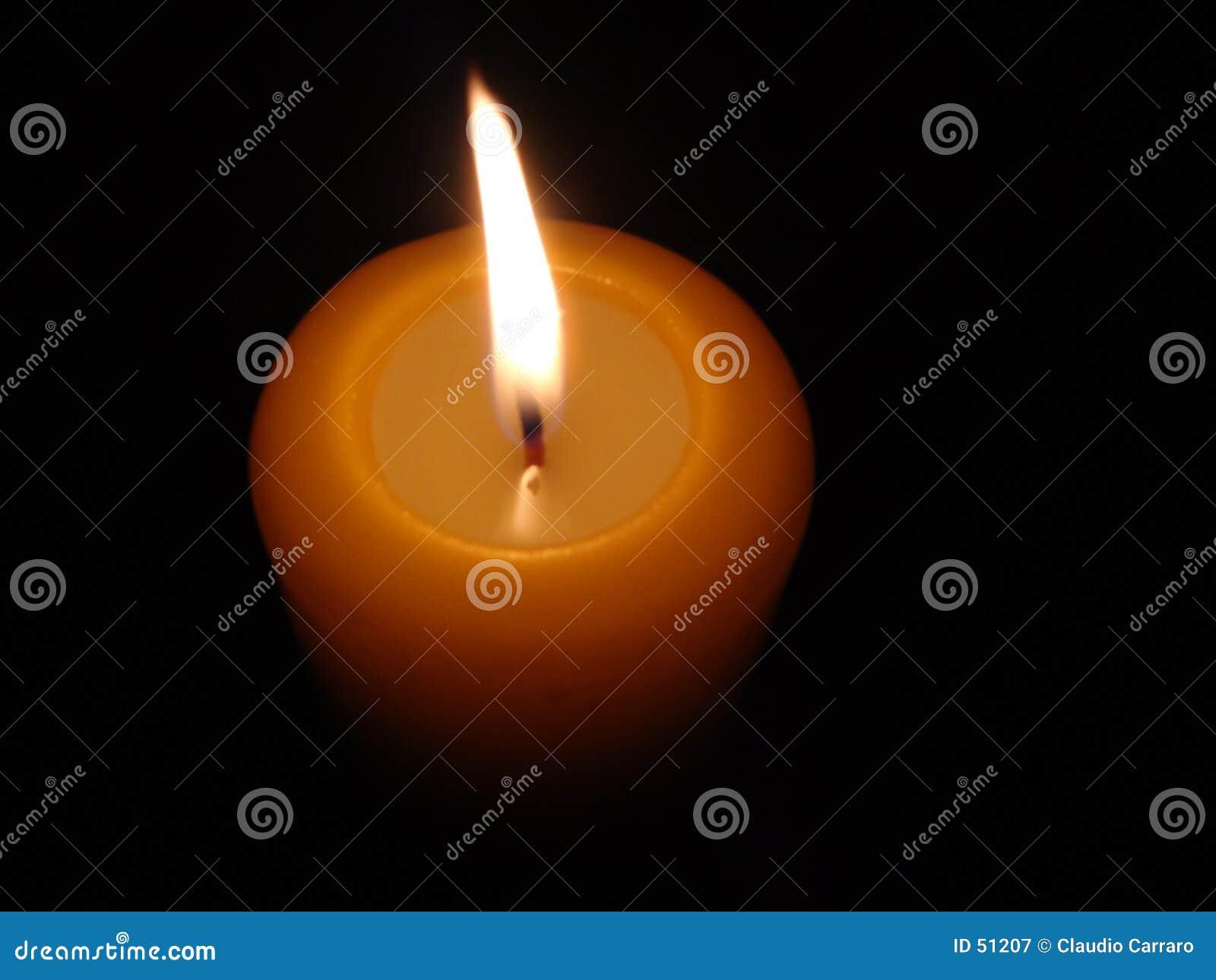 Brännande candle4