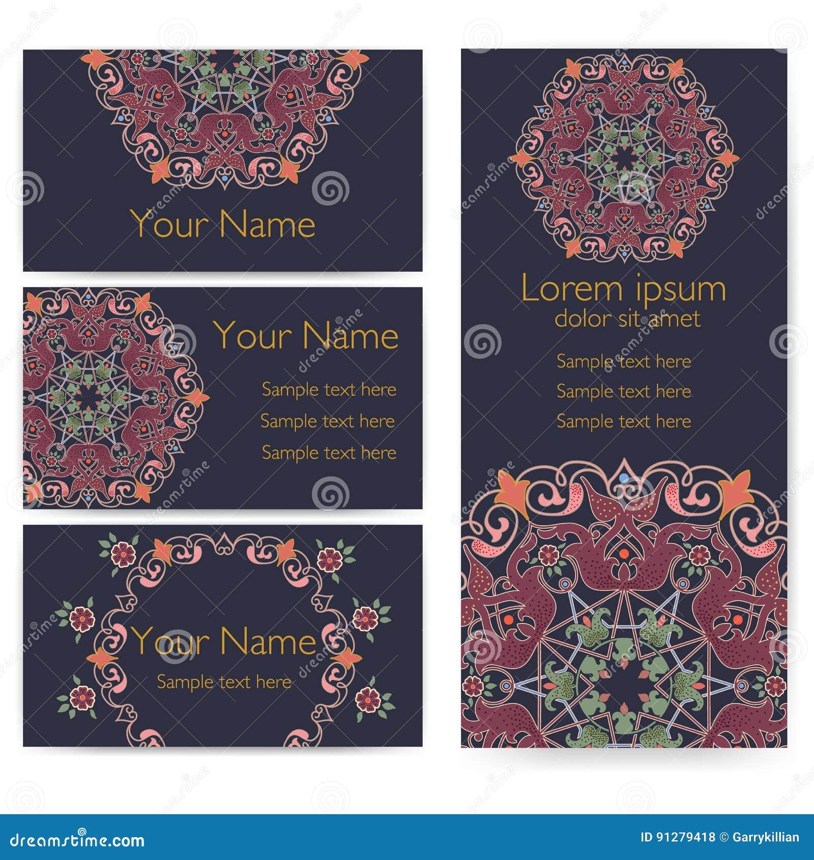 Bröllopinbjudan- och meddelandekort med prydnaden i arabisk stil Arabesquemodell Östlig etnisk prydnad