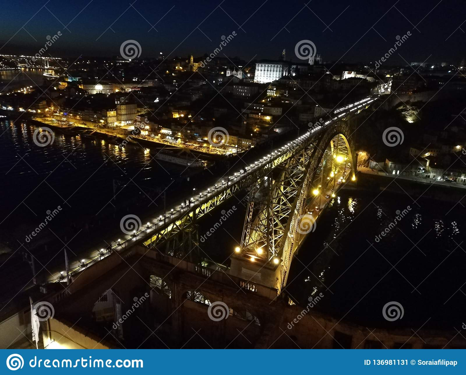 Brücke auf dem Fluss Duero