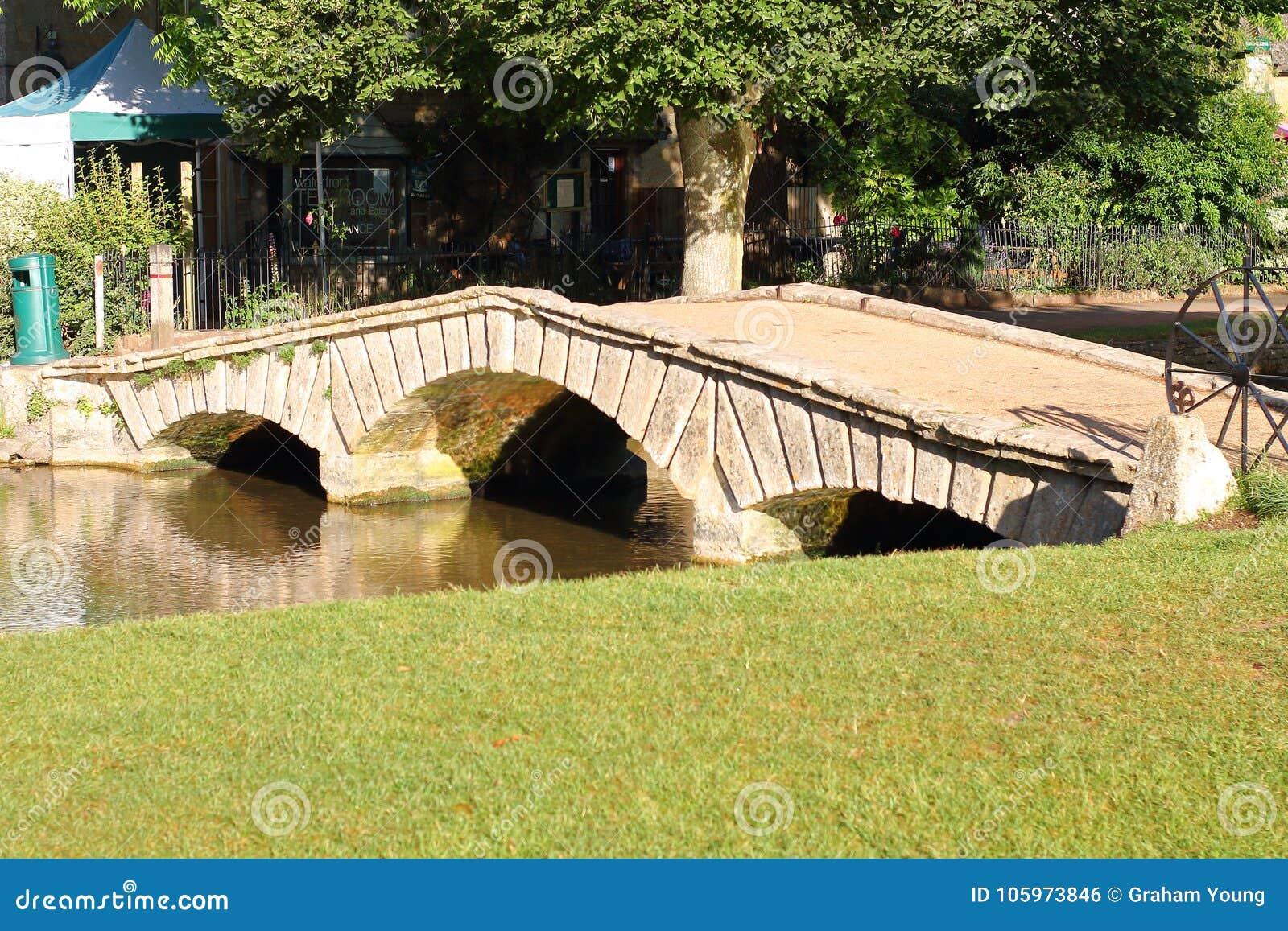 Brücke in den cotswolds