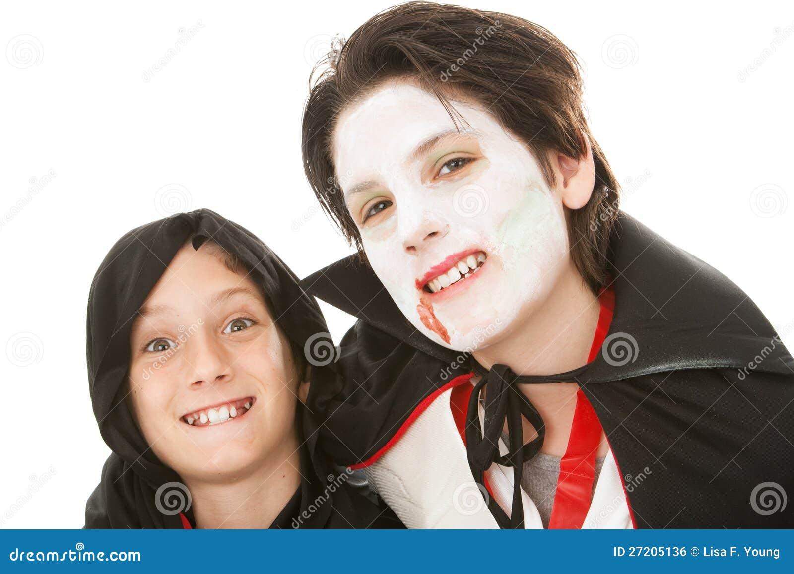 Brüder auf Halloween