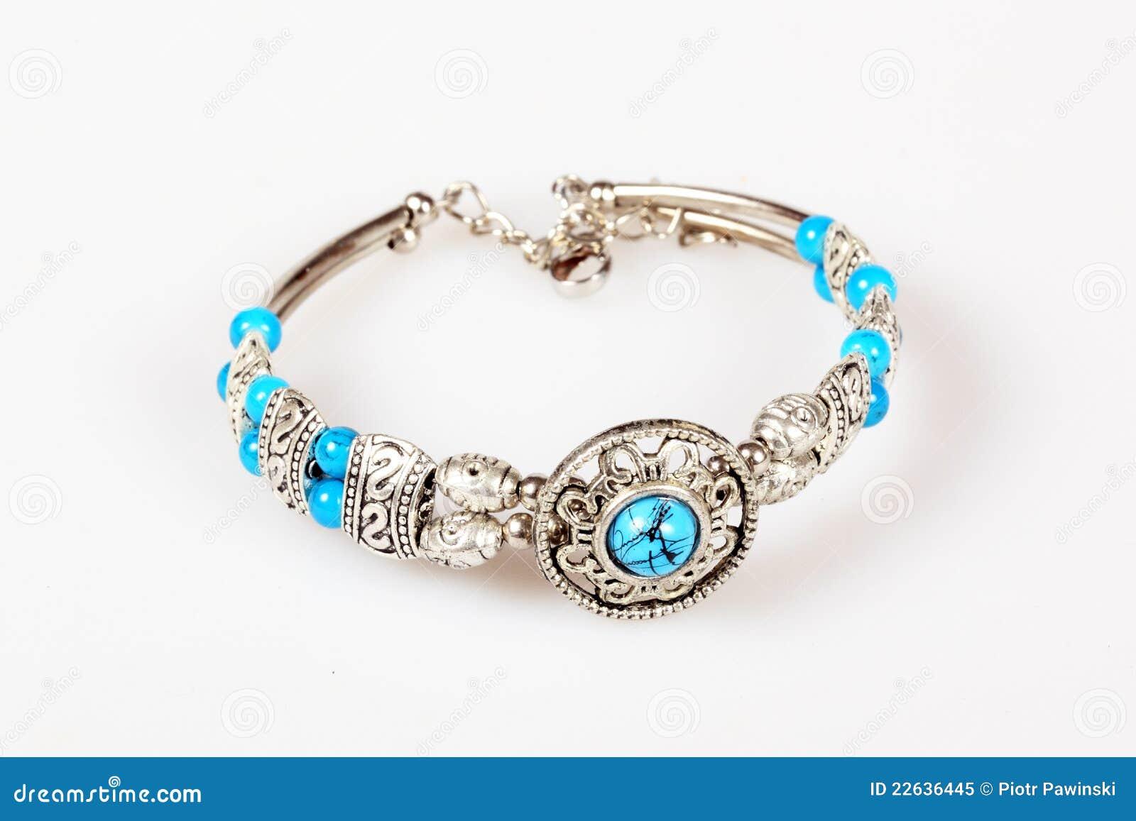 bracelet avec la turquoise image stock image du bracelet 22636445. Black Bedroom Furniture Sets. Home Design Ideas