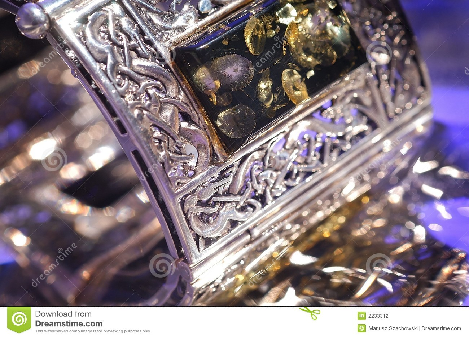 Bracelete ambarino
