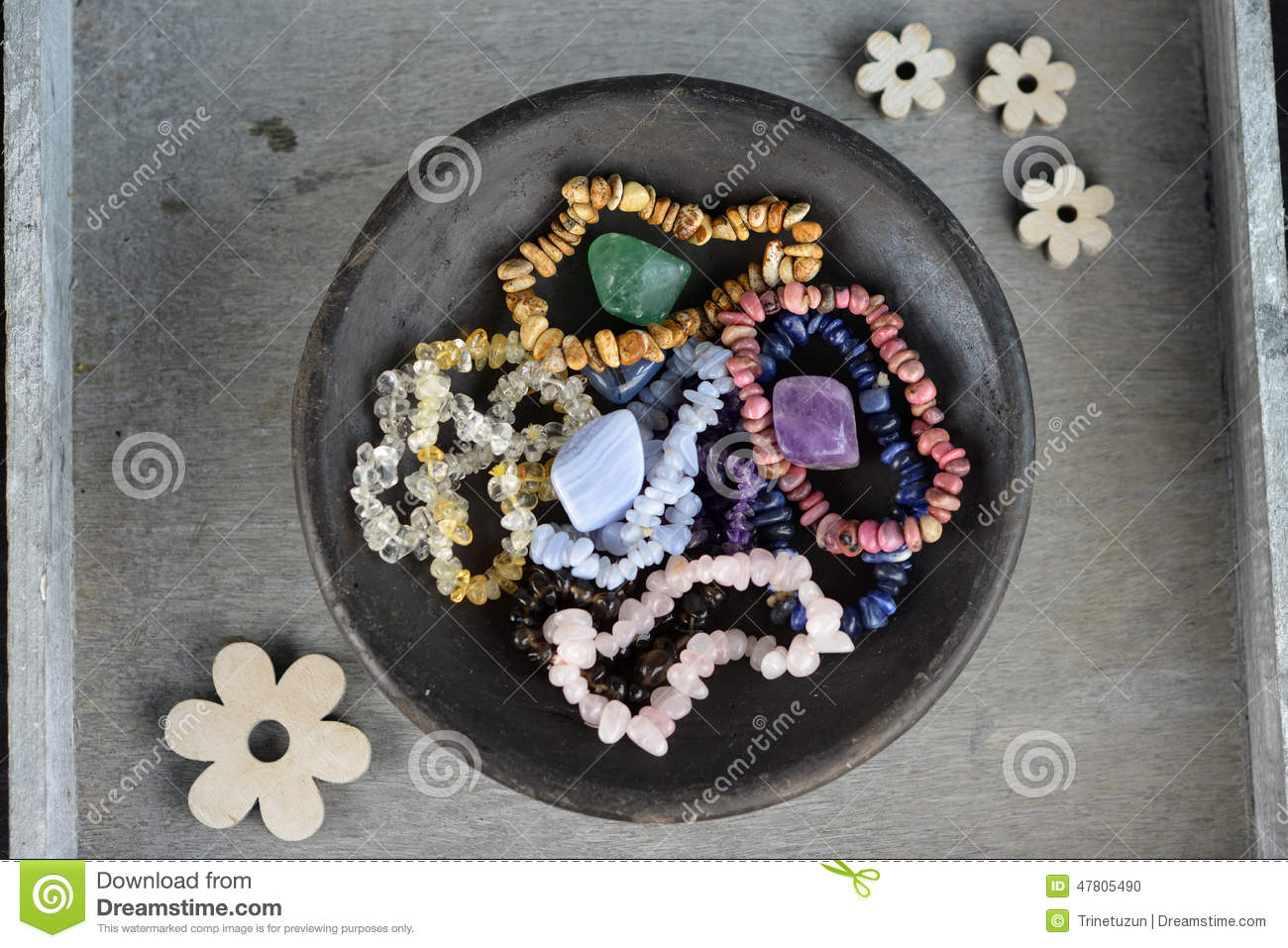 Bracelets of crystals and gemstones for a healing effect