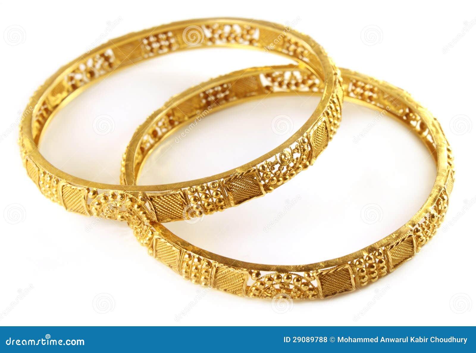 Bracelets d or de mariage pour la jeune mariée indienne