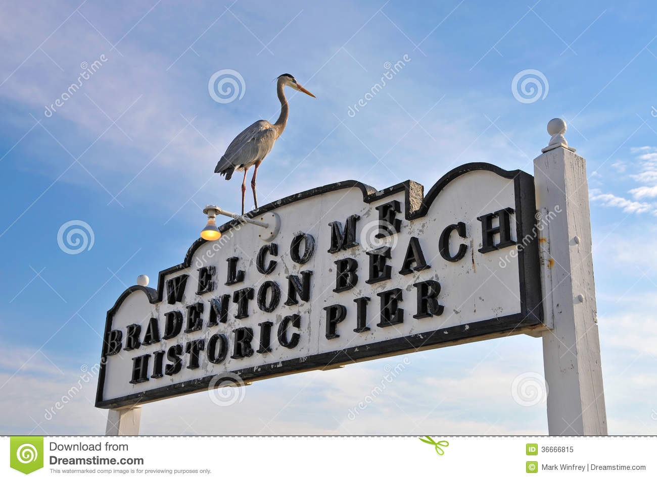 Bradenton Beach Historic Pier Sign