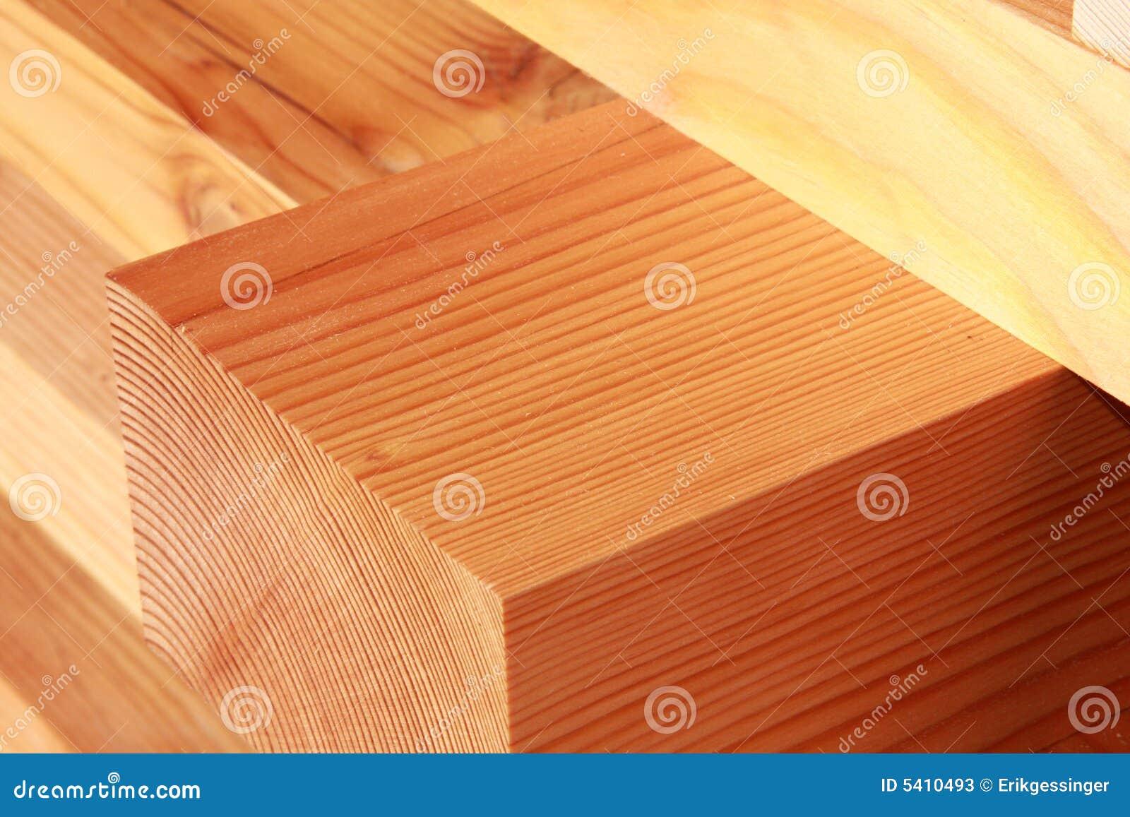 Bragueros reclamados de la madera del abeto imagen de - Madera de abeto ...