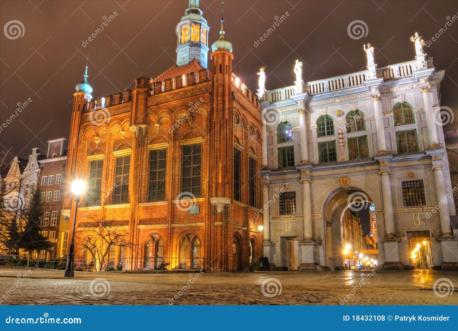 Brama Gdansk złoty
