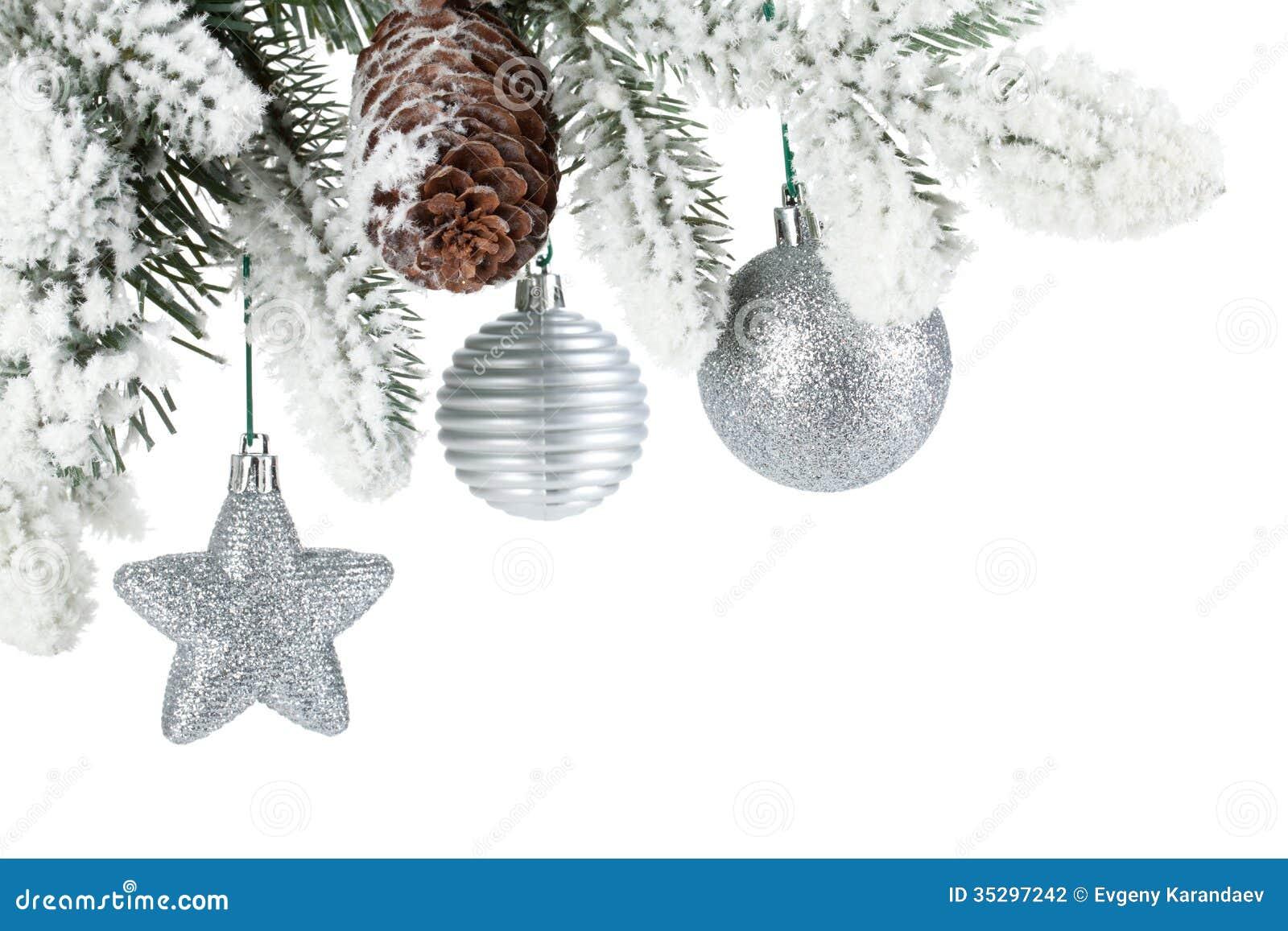 branche d 39 arbre de sapin avec le d cor de no l couvert de neige photo stock image 35297242. Black Bedroom Furniture Sets. Home Design Ideas