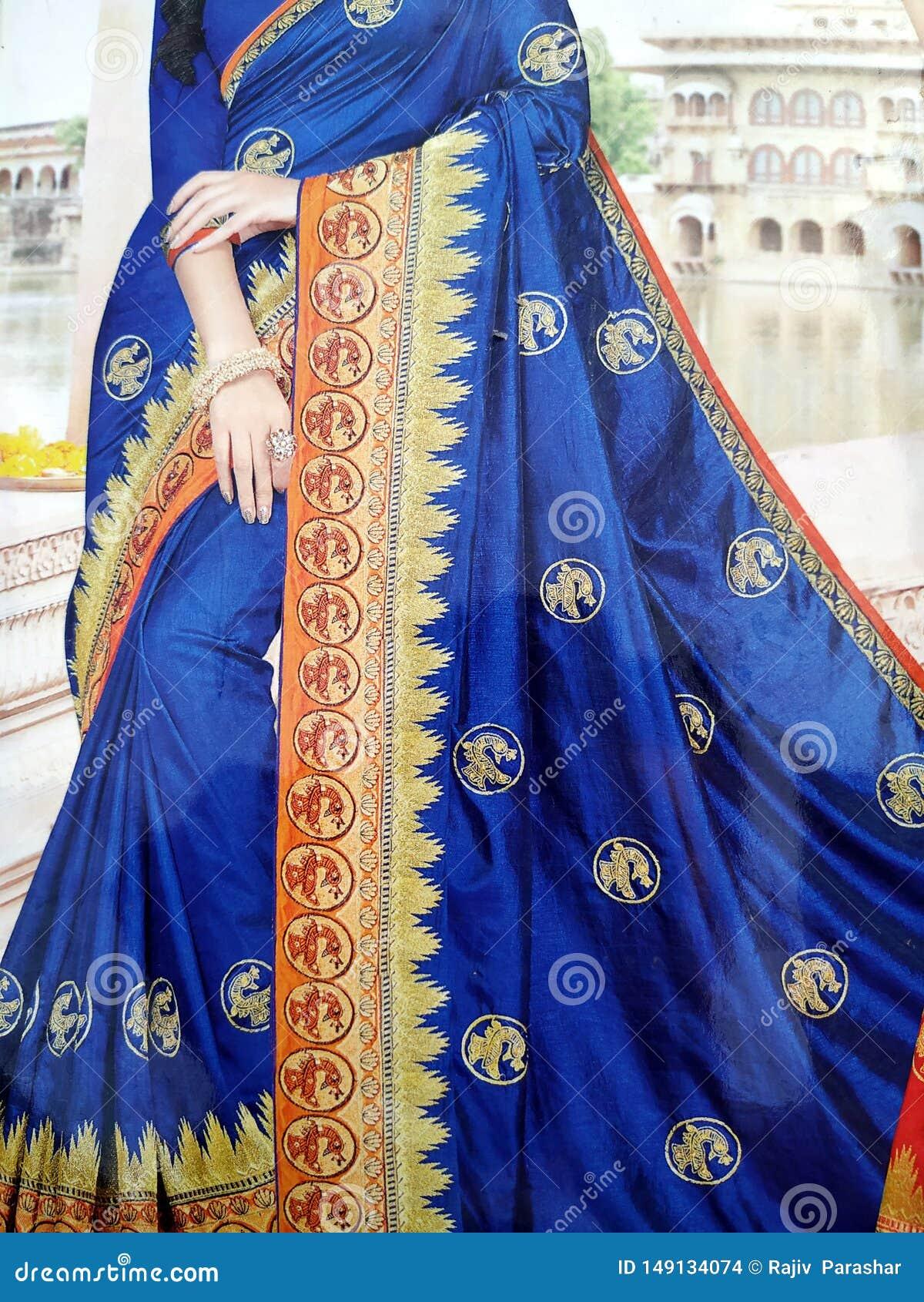 Branco feito a m?o tradicional, vermelho/rosa, sari de seda indiano azul /saree com detalhes dourados, uso da mulher vestir no fe