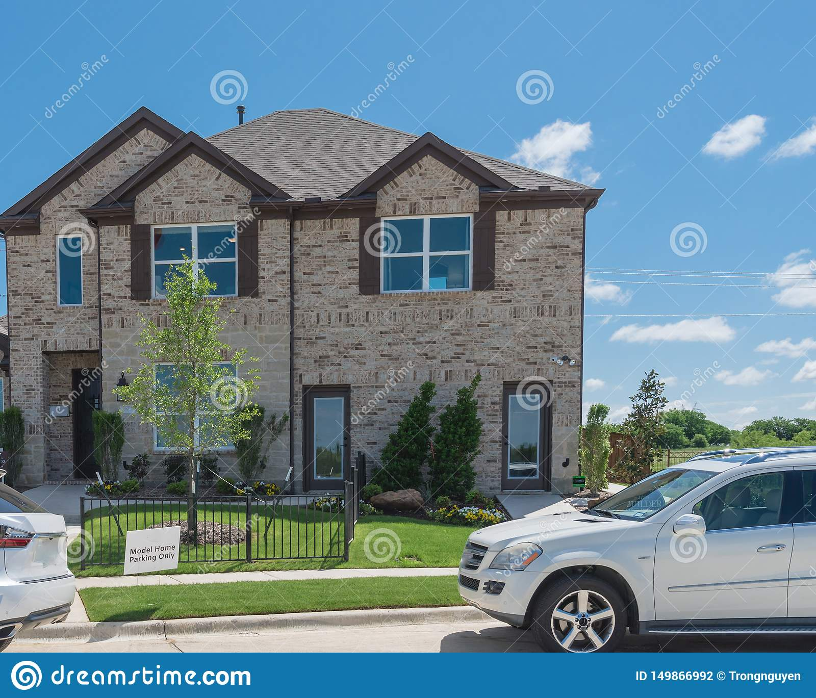 Fine Brand New Model House With Cars On Street Near Dallas Texas Download Free Architecture Designs Scobabritishbridgeorg