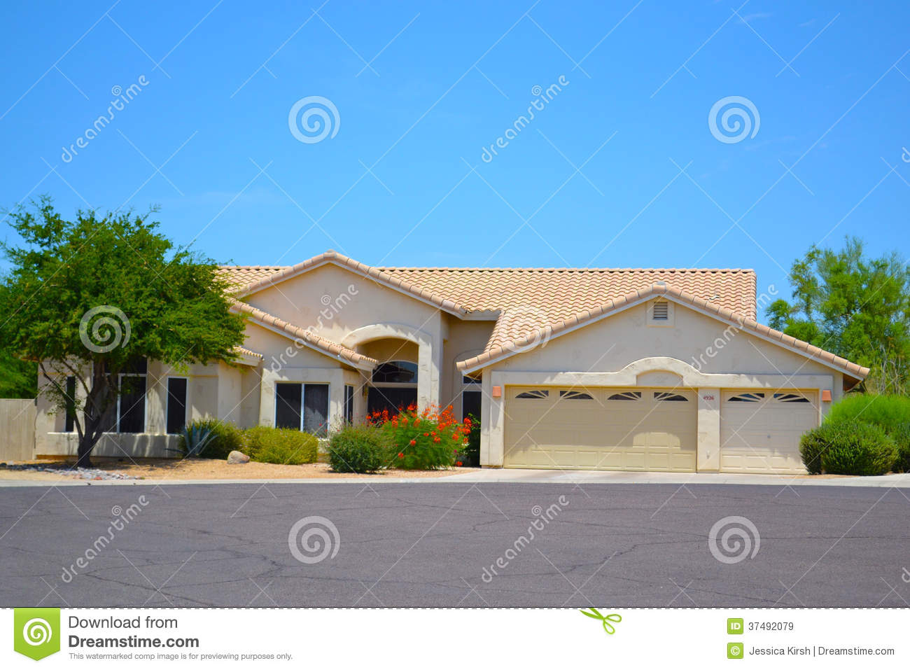 Beautiful One Story Mediterranean Style Southwestern Home Stock Image Image Of Estate Custom