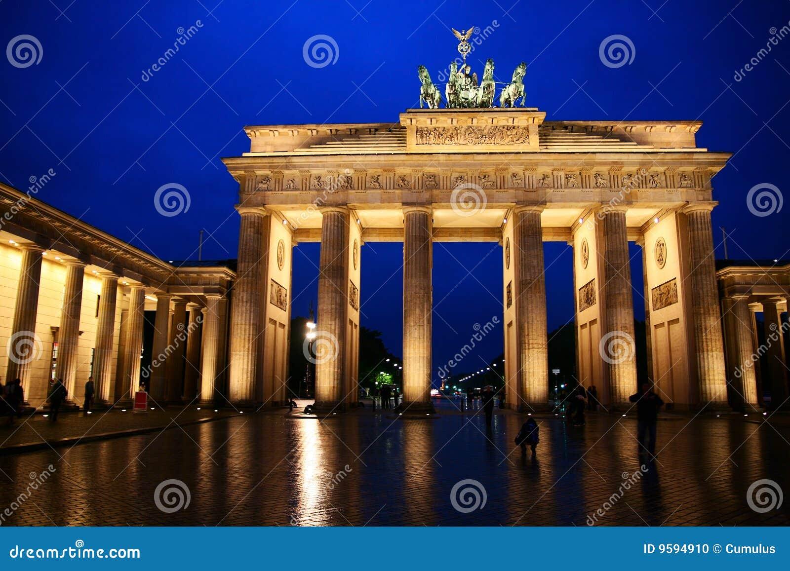 Brandenburg Gate Stock Photo Image 9594910