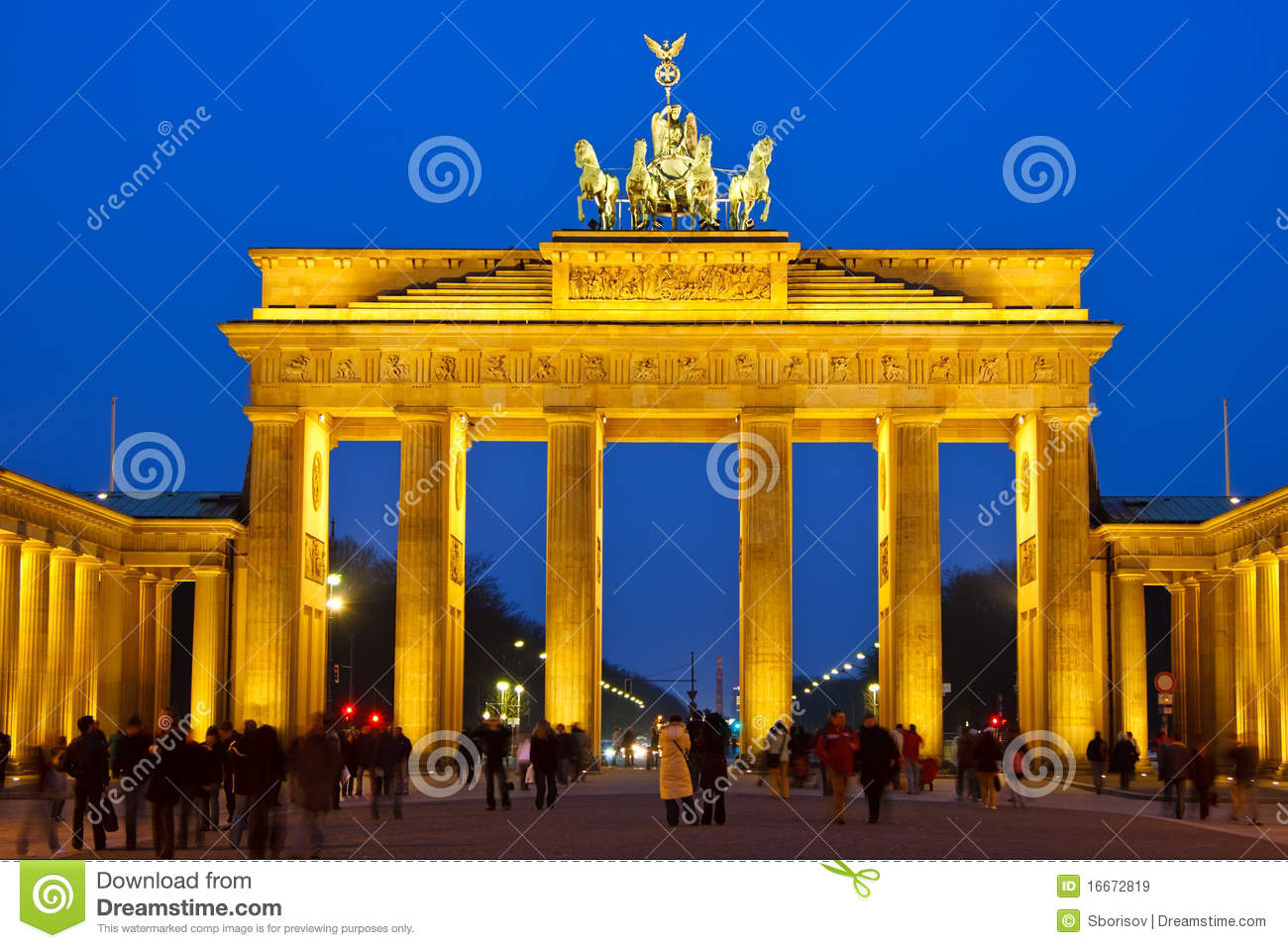 brandenburg gate at night - photo #46