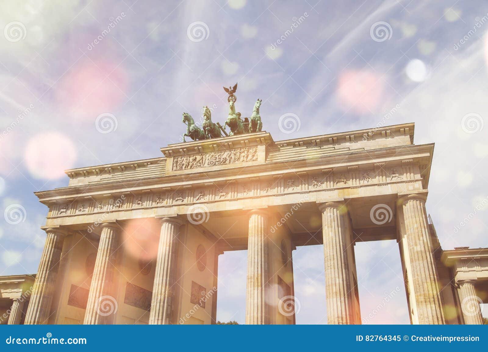 Brandenburger gate and lighteffects