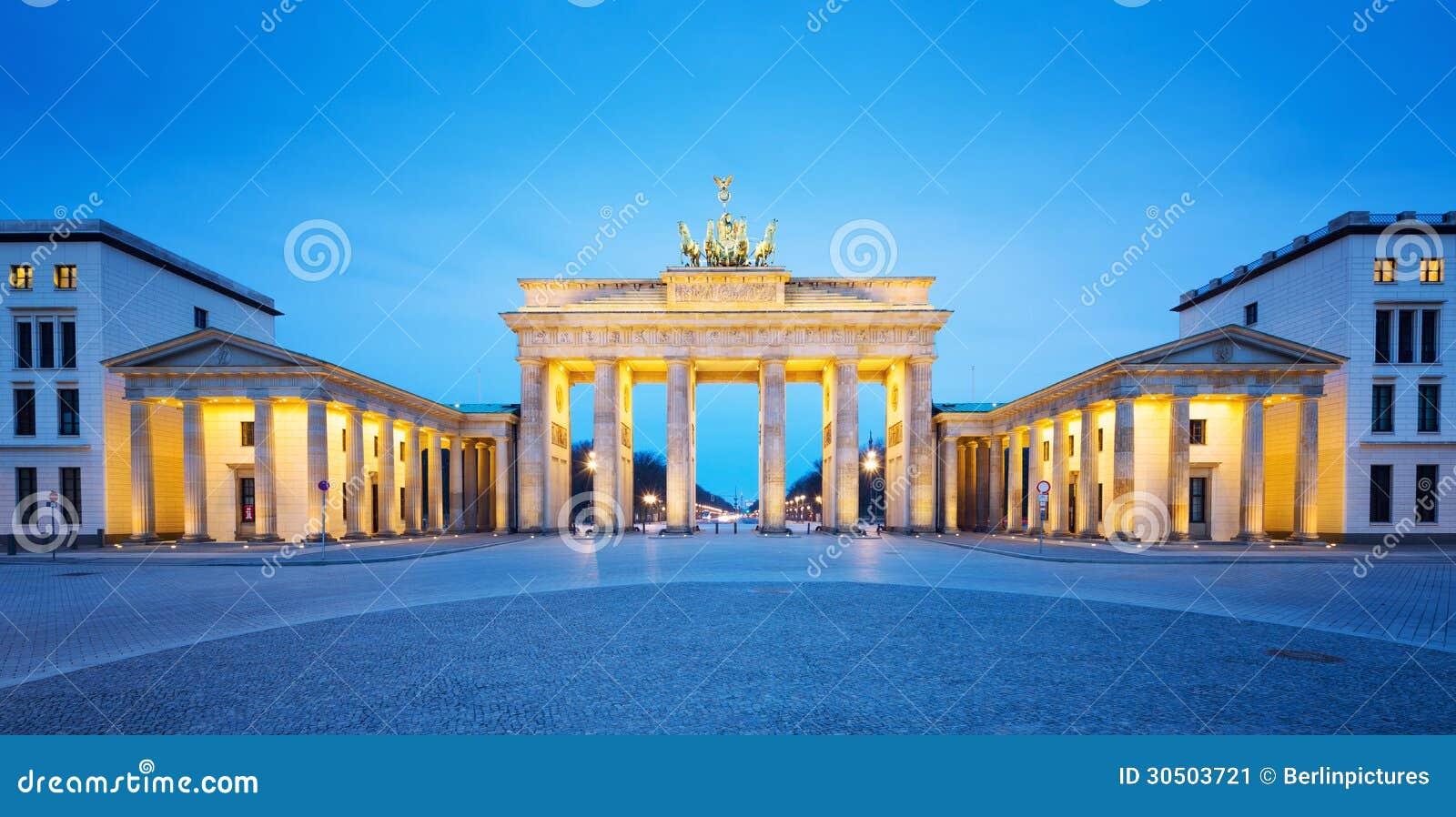 Brandenburger Tor (Brandenburg Gate) panorama, famous landmark in Berlin Germany night