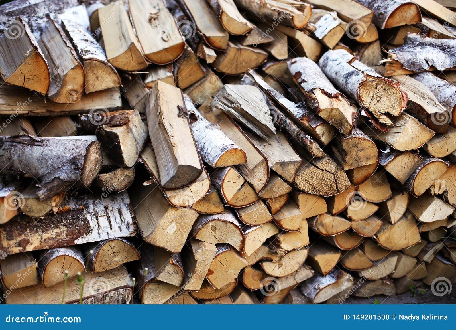 Brandhout in de werf