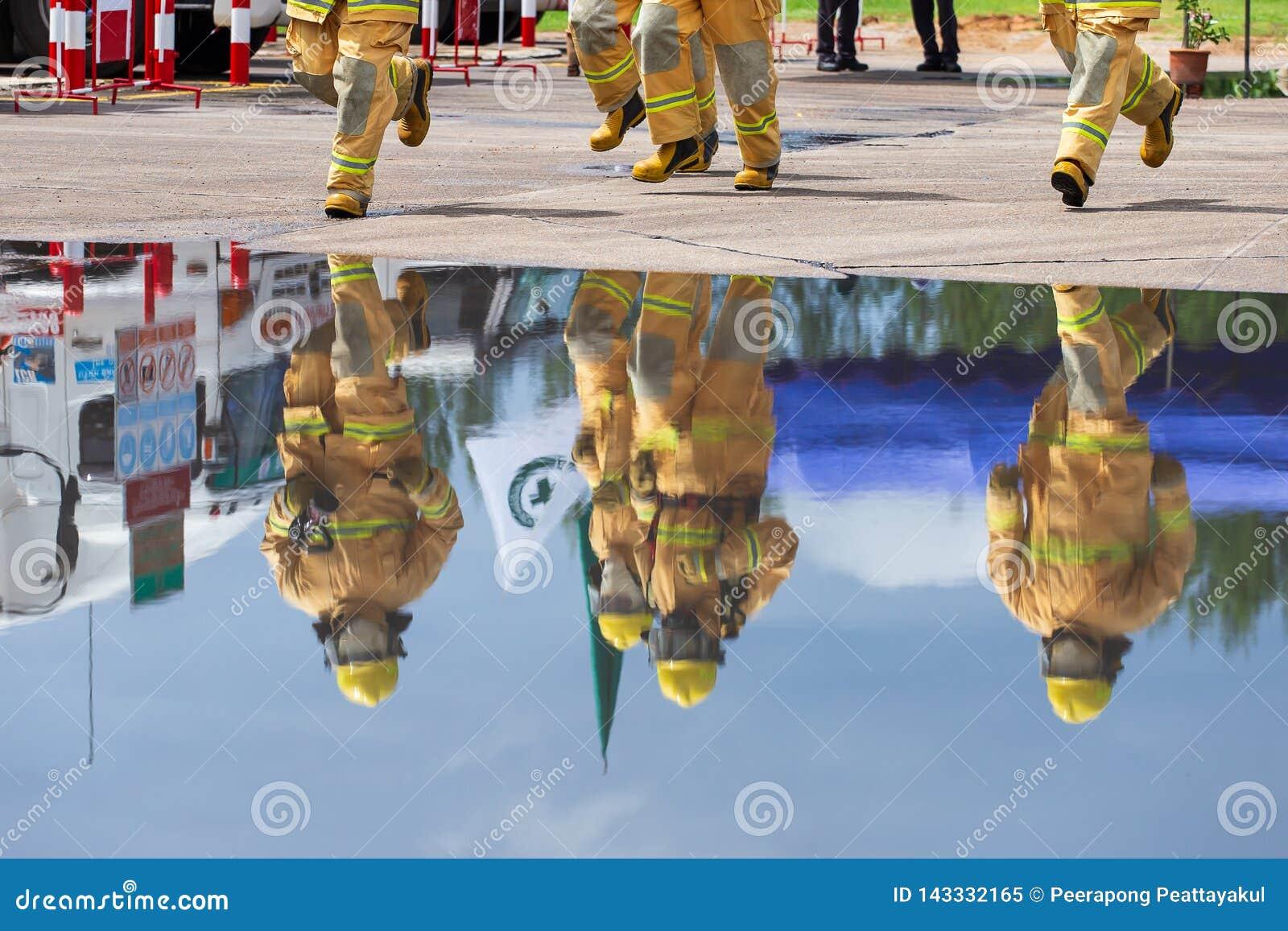 Brandman på branden