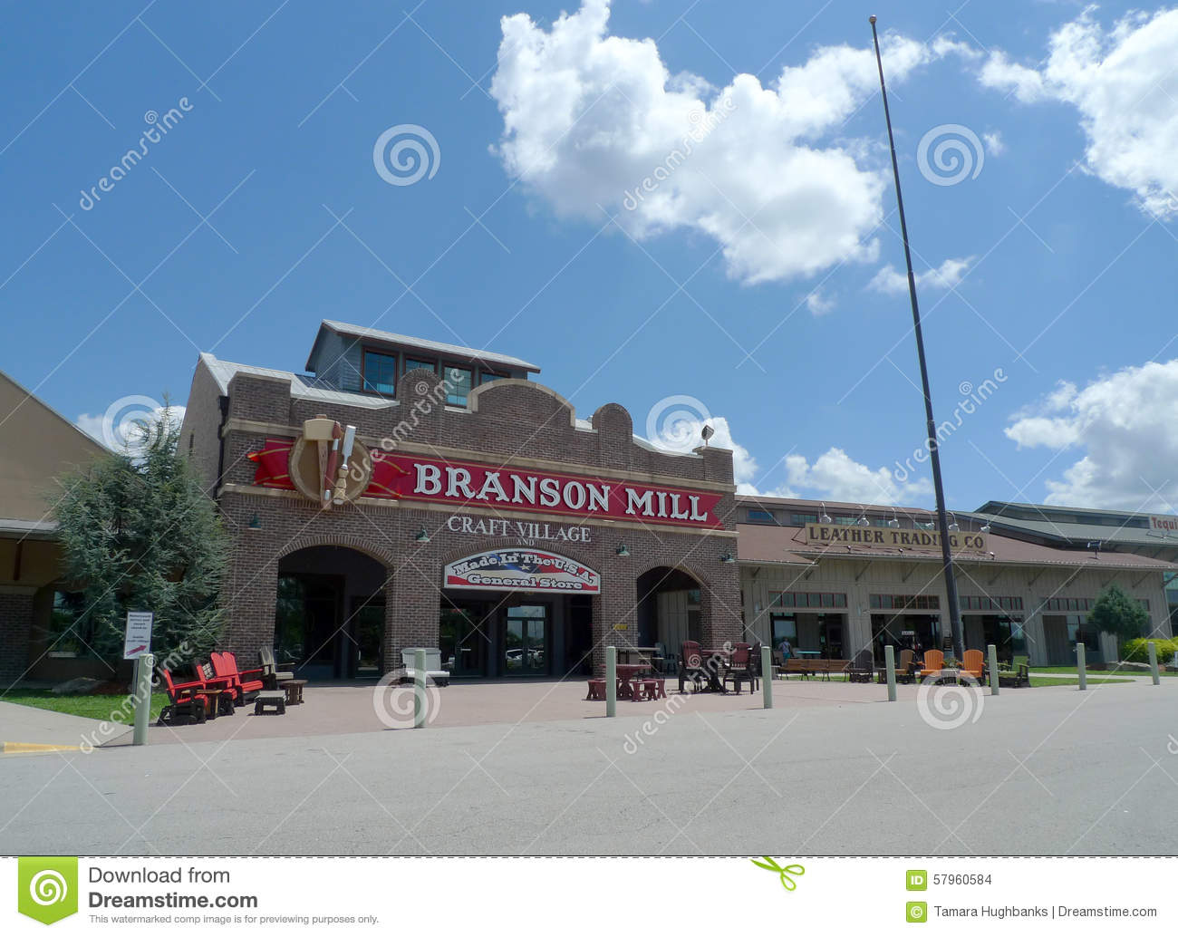Old Man S Cave General Store Hours : Branson mill craft village missouri editorial