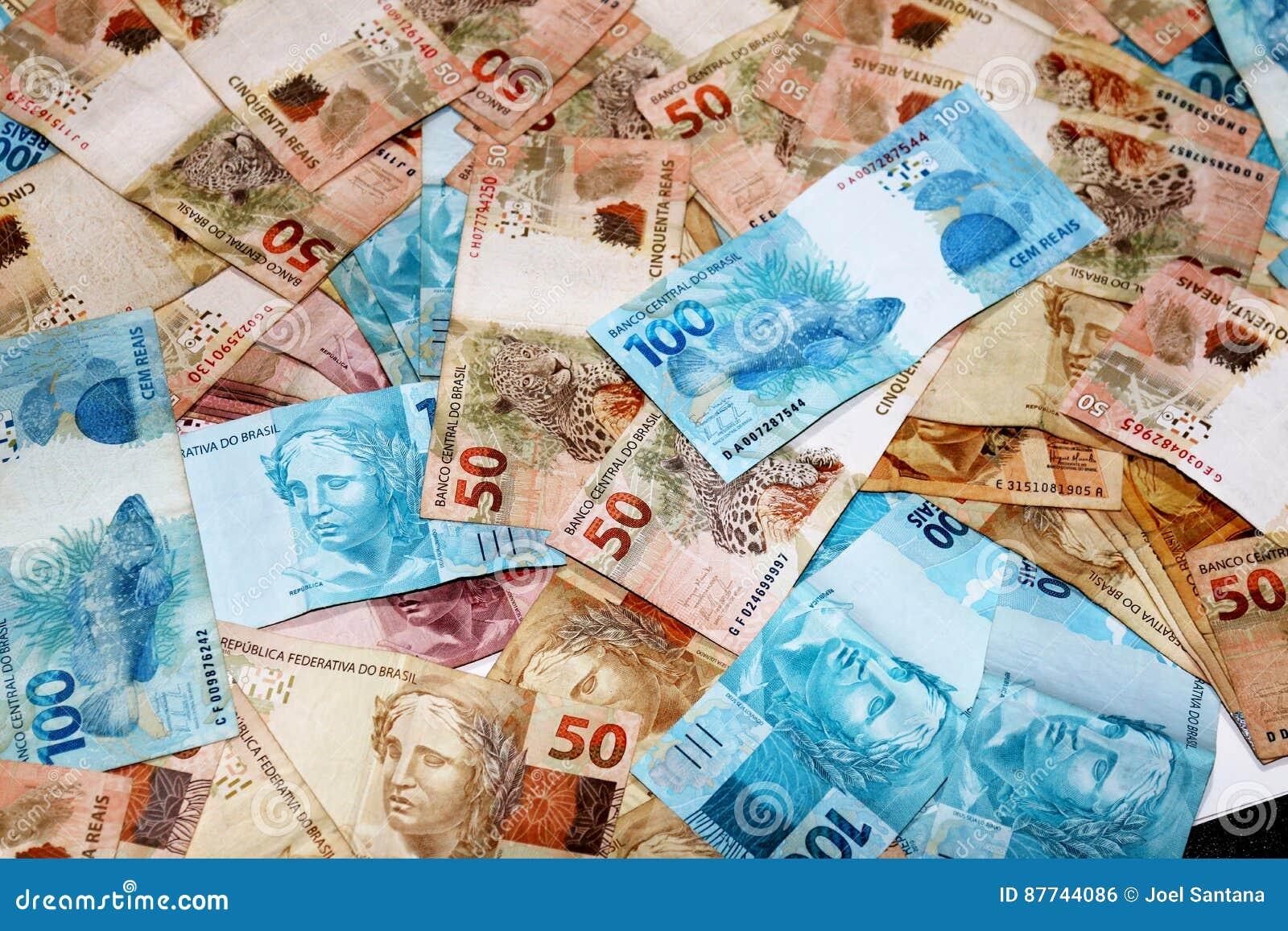 Brasilianische Banknoten in den verschiedenen Mengen