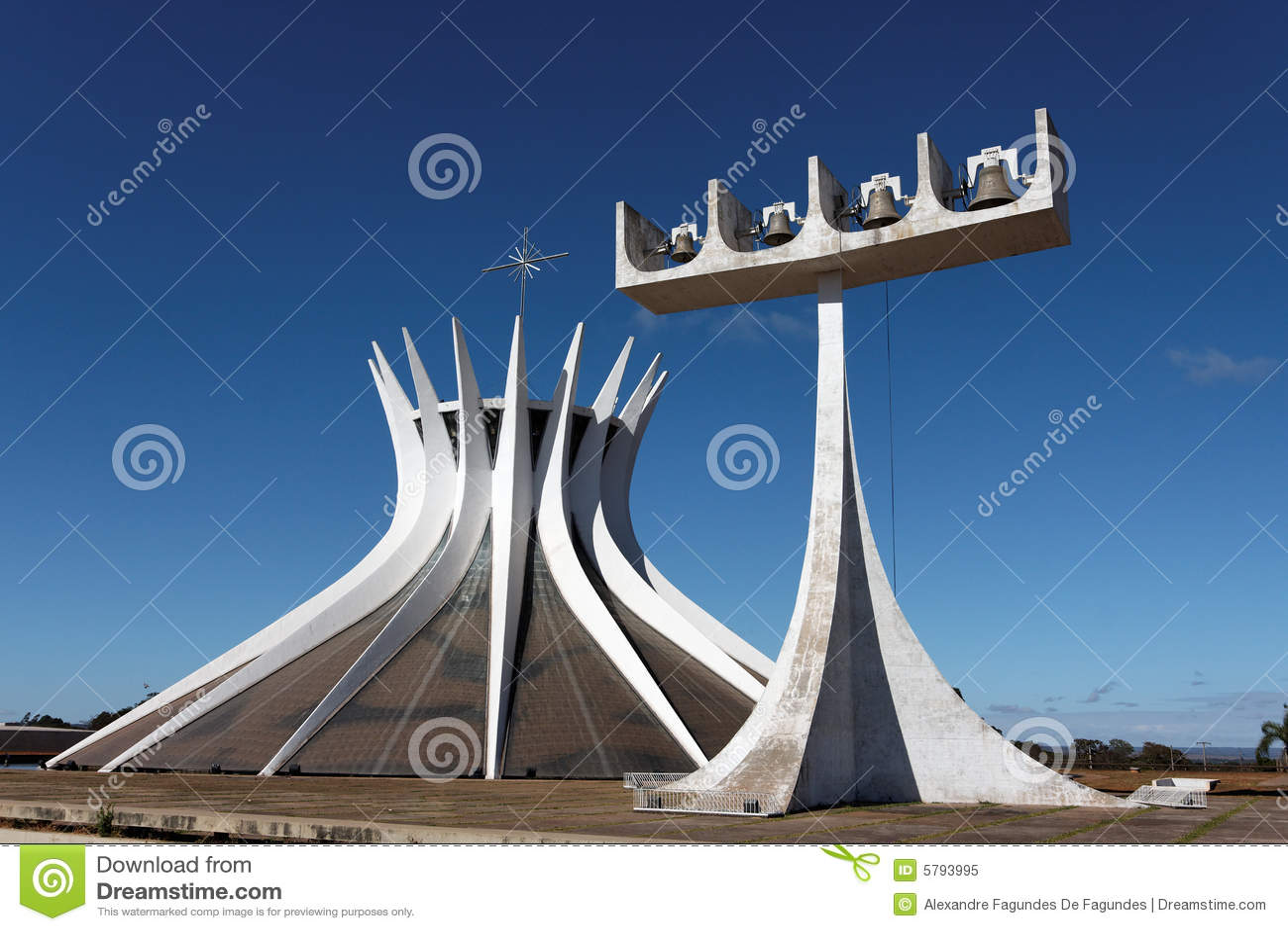brasilien kathedrale stockbild bild von glocke ernstlich 5793995. Black Bedroom Furniture Sets. Home Design Ideas