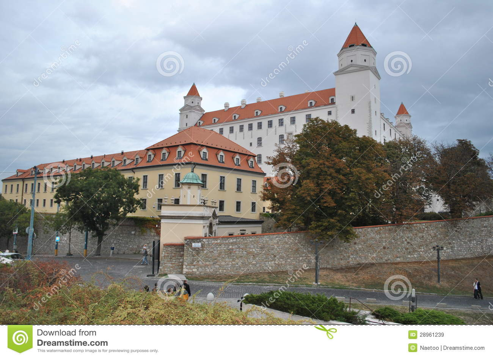 Bratislava kasztel, Sistani