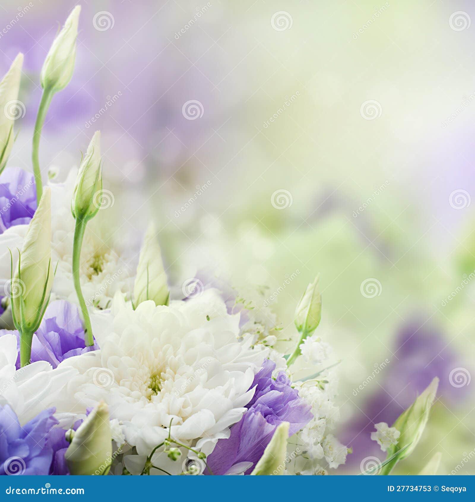 Brautblumenstrauß vom Weiß und vom Rosa