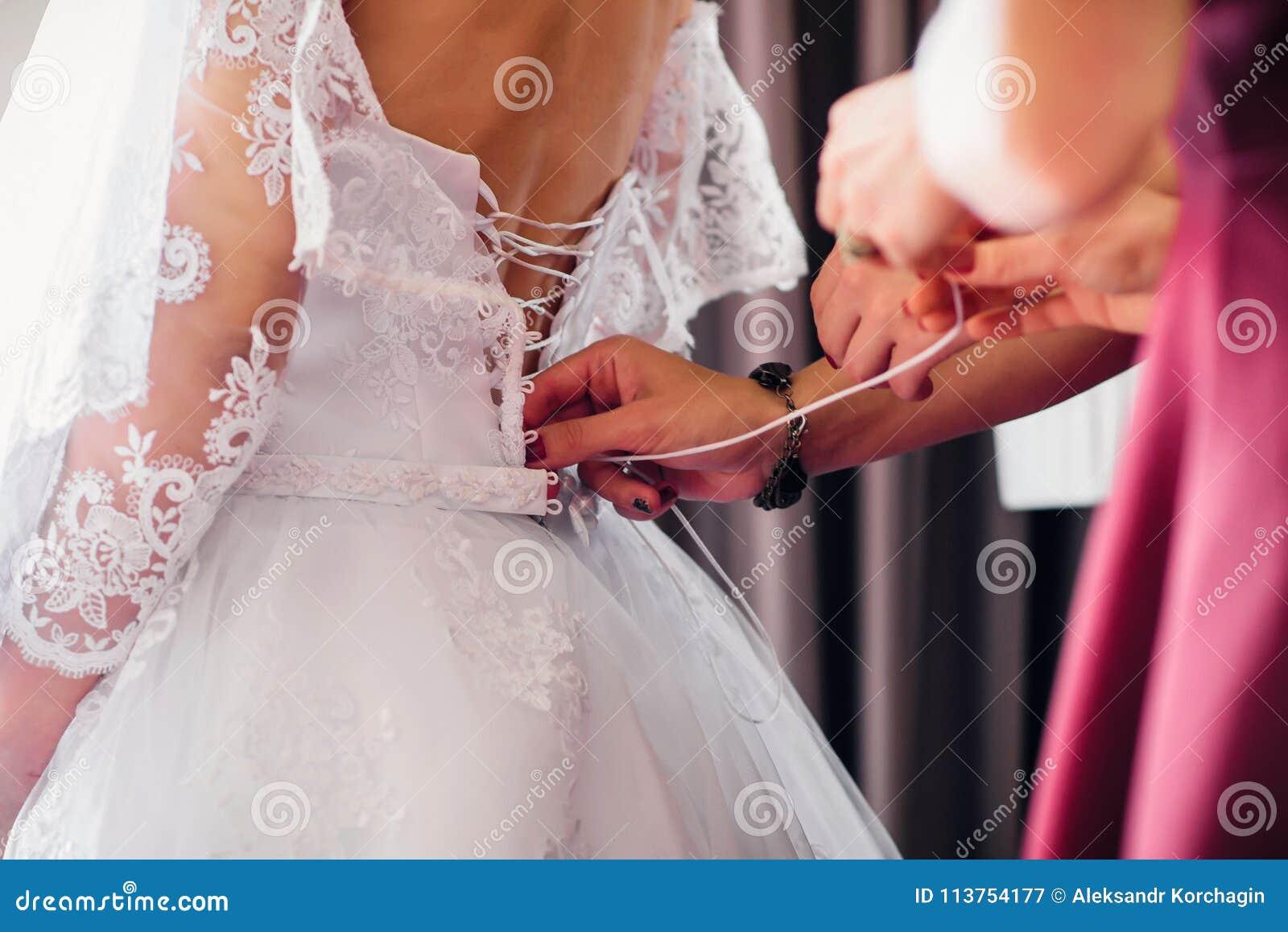 Charmant Schnüren Sich Oben Kleid Korsett Hochzeit Fotos ...