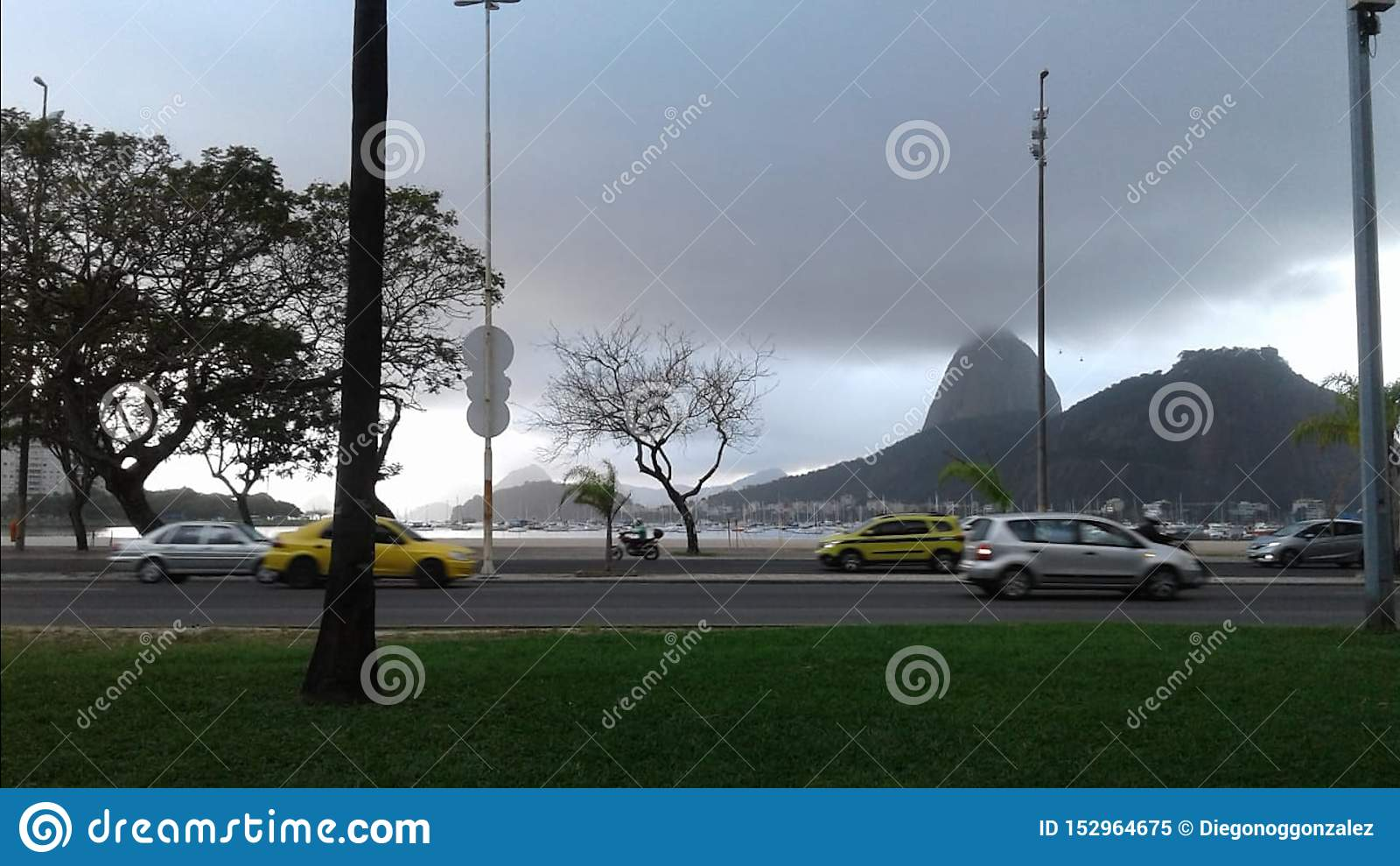 Brazil - Rio de Janeiro - Aterro - Rainy Day - Moutains - Clouds - Cars - Avenue - Dark