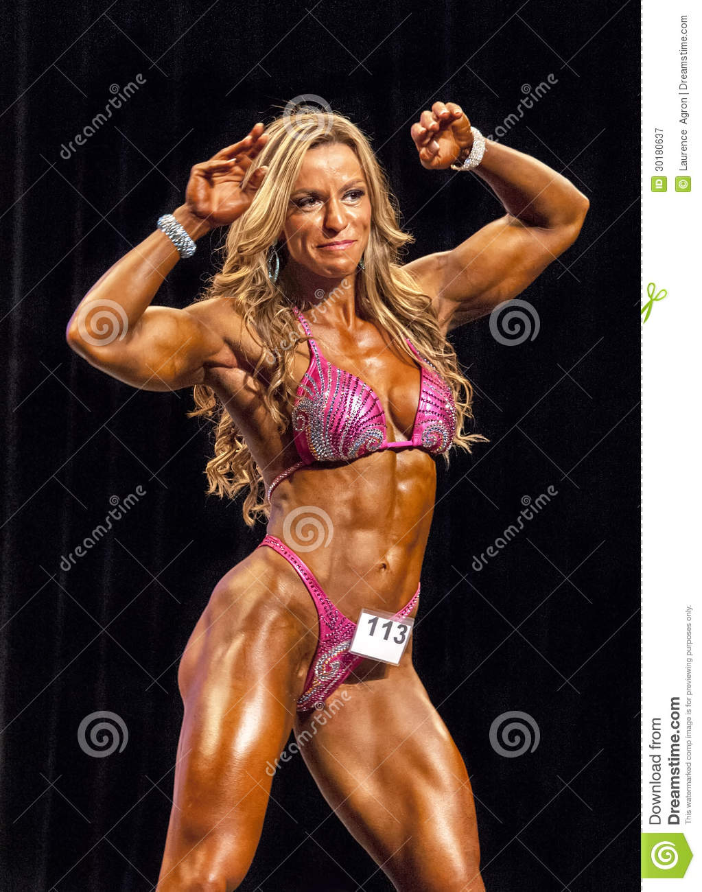 Muscle woman szex picture nude queen
