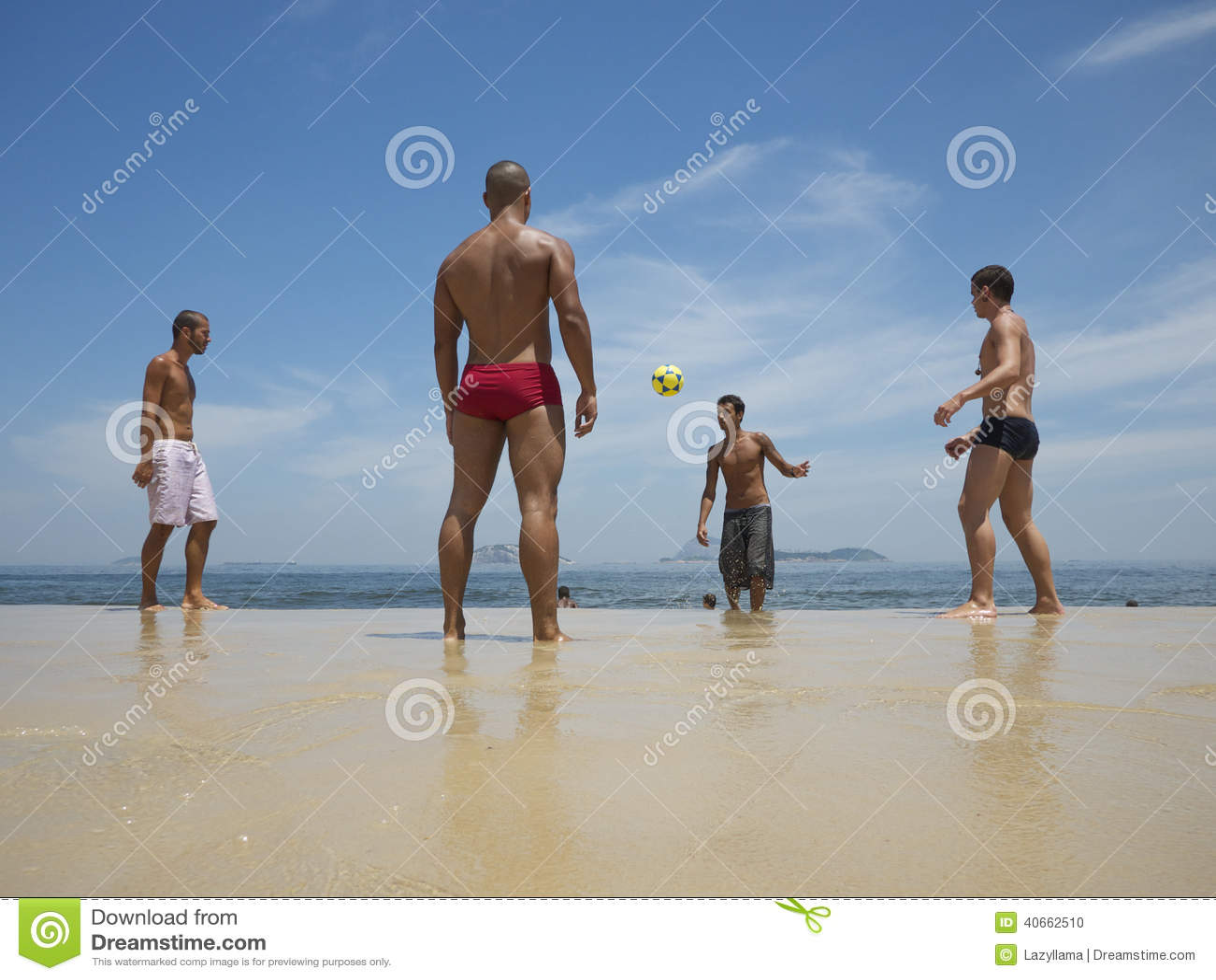 The expert, Men on brazilian beaches good message