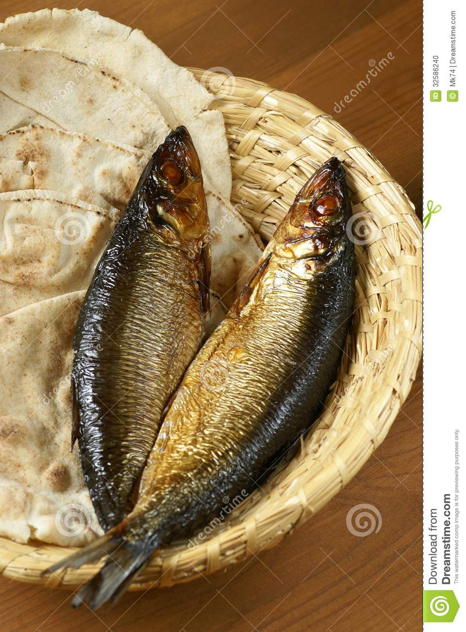 Bread and fish stock photo image 32586240 for Loaves and fish