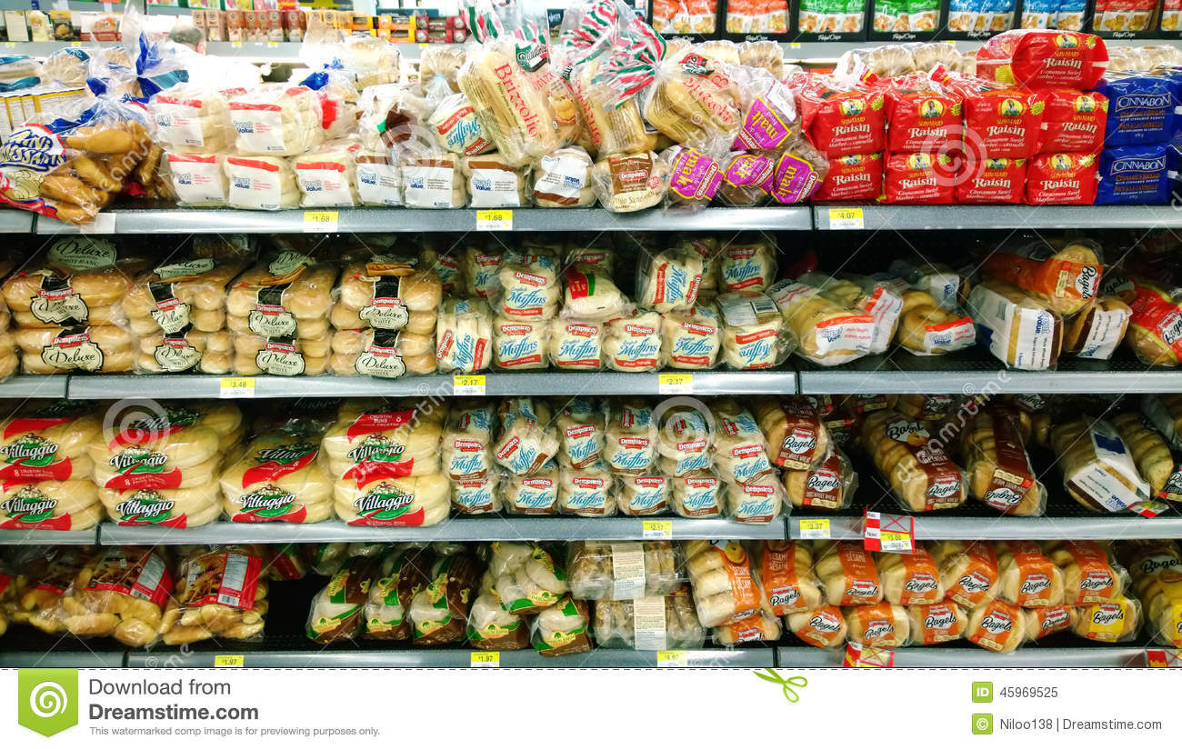 Bread in grocery store