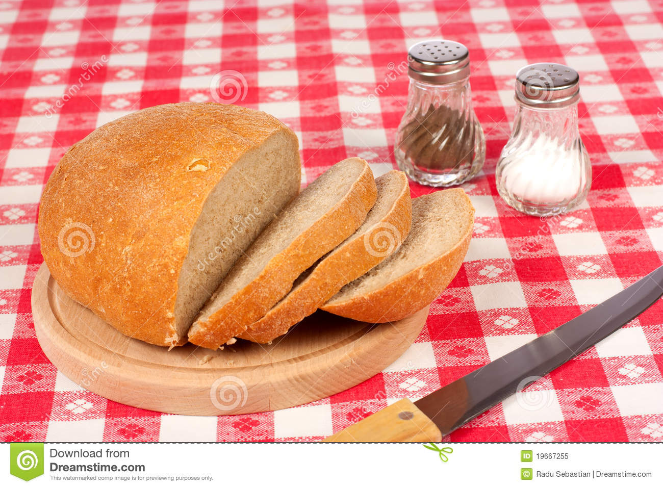 bread of salt setting Try to plan the table setting to match your menu when bread and butter are served, add a butter plate to the table  salt and pepper since more people use salt .